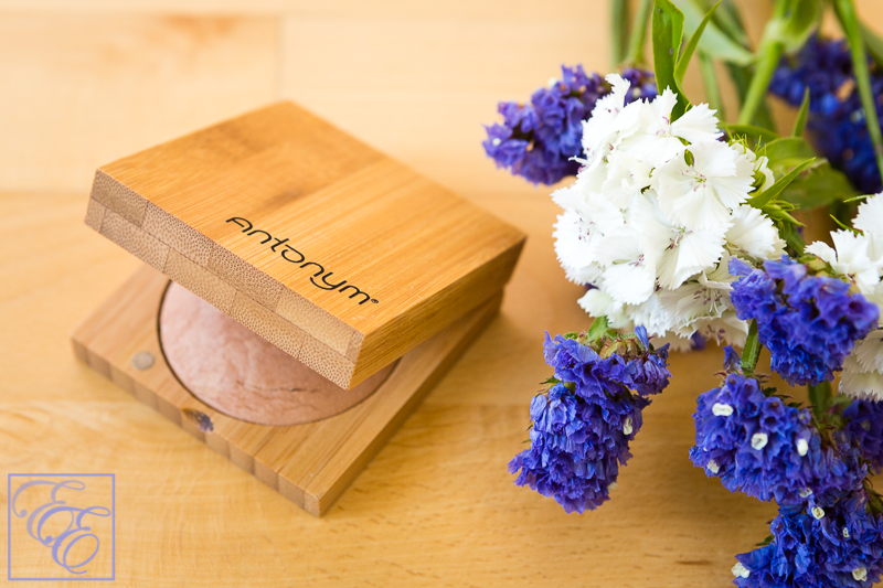 Atelier Prelude Antonym medium baked foundation in bamboo box